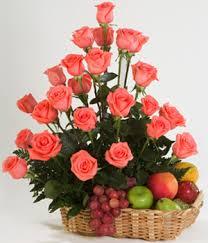 centro de fruta y flor